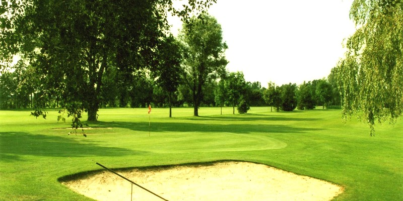 Golf4holland golfclub de schoot for Verlichte driving range