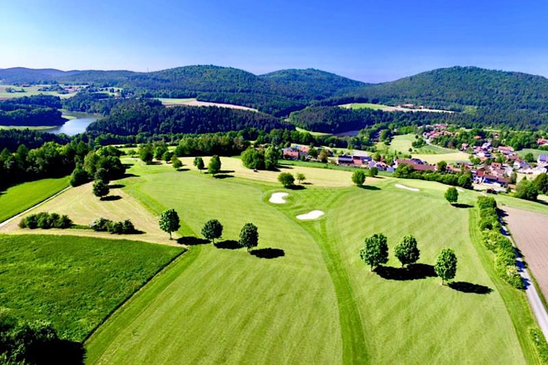 Golf4holland weer meer korting voor golf4holland leden for Verlichte driving range